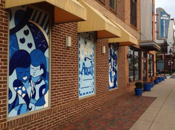 10613904 10154561361435473 1725817108 n Cafe Azul Adds Outdoor Art